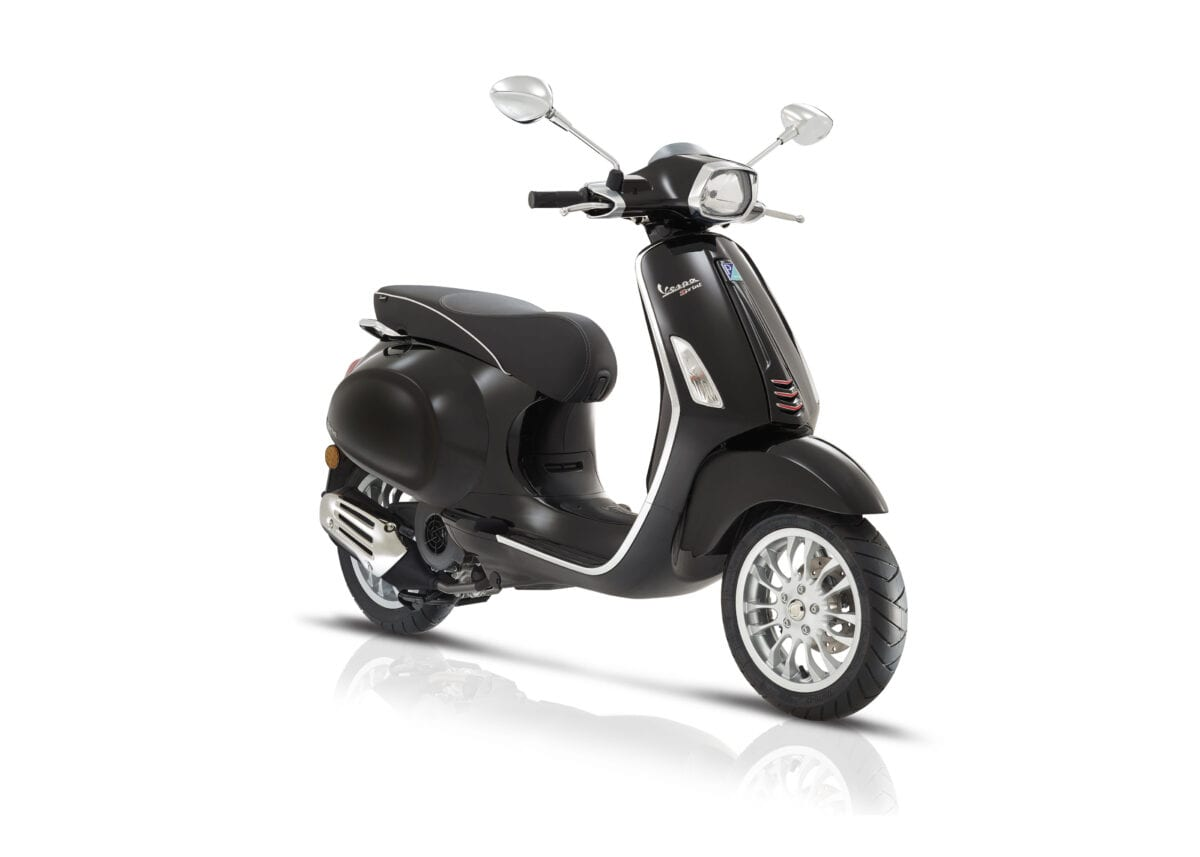 vespa primavera and vespa sprint updated with ultra modern. Black Bedroom Furniture Sets. Home Design Ideas